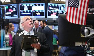 Footsie edges up as election day arrives; investors happy to hug the sidelines