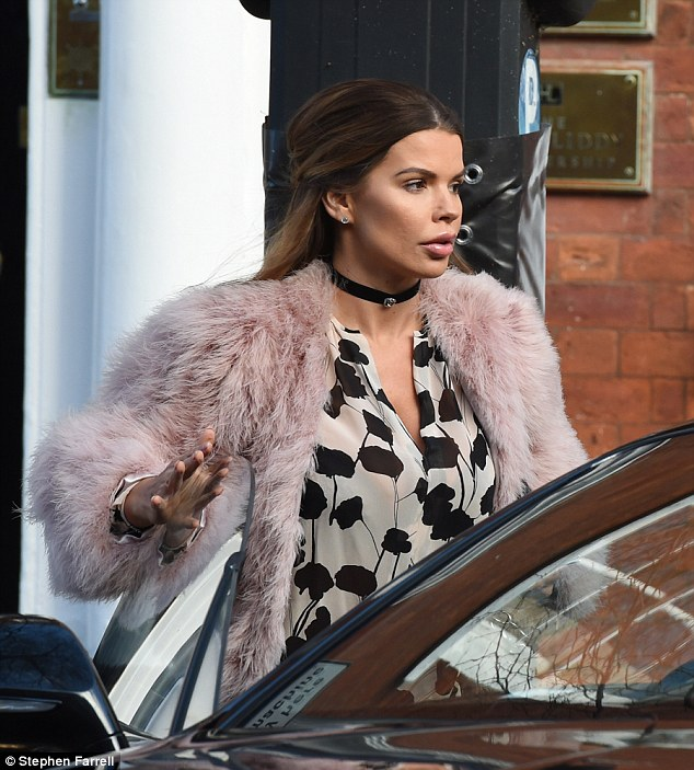 TLC:WAG Tanya Bardsley was spotted heading out and about in Manchester on Saturday, by herself