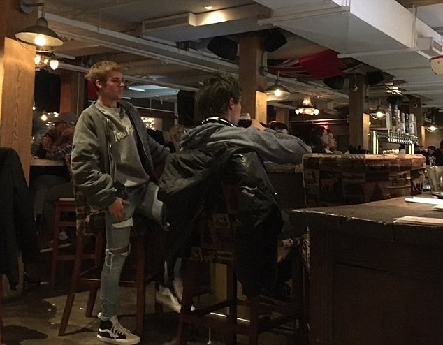 Lowkey: The Sorry hitmaker looked relaxed in a grey sweatshirt and ripped jeans