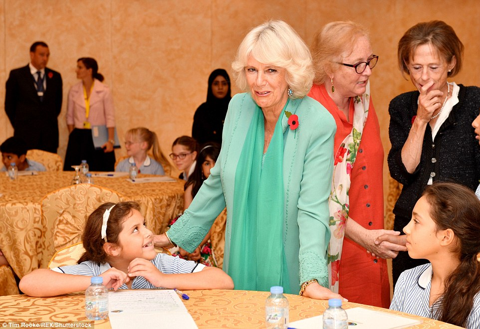 After her visit to the hospital, which is working to release certain types of falcons back into their natural wild habitat, Camilla met with children who were studying culture