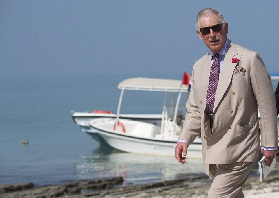 Charles then boarded a boat for a tour of the surrounding waters of the island to view turtles, dugongs and dolphins