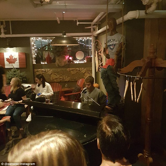Surprise! This past weekend Justin treated fellow Canadians to a performance while at Fifth Pubhouse