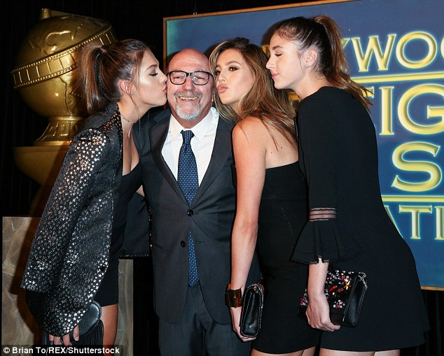 Kisses! Sistine, Lorenzo Soria, Sophia, and Scarlet posed at the event thrown by InStyle and the Hollywood Foreign Press Association