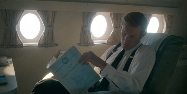 It¿s not the only time his eyes wander in the series. On a flight home from a Royal visit, he has his head turned by an air stewardess