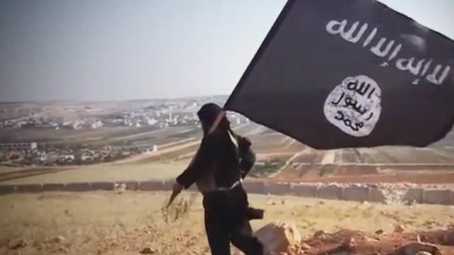 pkg damon syria isis insider_00002920.jpg