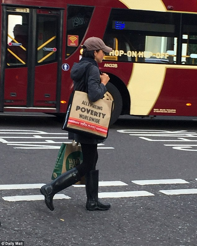 Ms Markle even does her own grocery shopping down the road from your residence (Nottingham Cottage aka Notty Cotty) in Kensington High Street and – hold the front page, and indeed the Daily Mail duly did – even carries the bags home on foot all by herself
