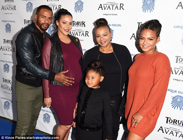 Crew:The actress was also joined by her mom as well as her sister Liv and Liv's partner Dominique Jean-Zéphiri