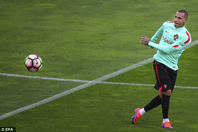 Ricardo Quaresma passes the ball as Portugal gear up for their World Cup Group B qualifier