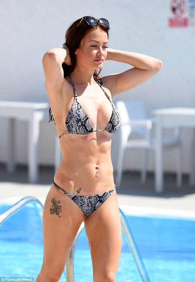 Four, five, SIX pack: Jess' taut abs would make any fitness fanatic green with envy