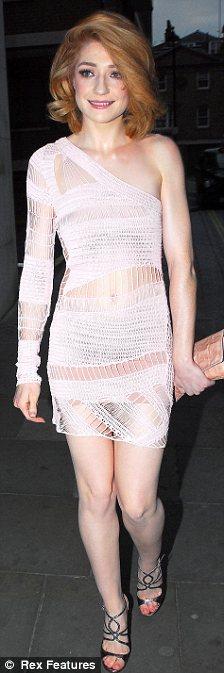 Embracing their natural skin colour: Nicola Robers and Nicole Kidman