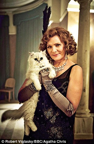 Kim Cattrall as Emily French in The Witness For The Prosecution
