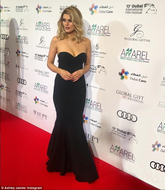 Twit twoo! Yet Ashley James proved she is world away from the flame haired entreupeneur at E4 screens as she scored an A-list DJing gig at the Global Gift Gala in Dubai on Monday evening