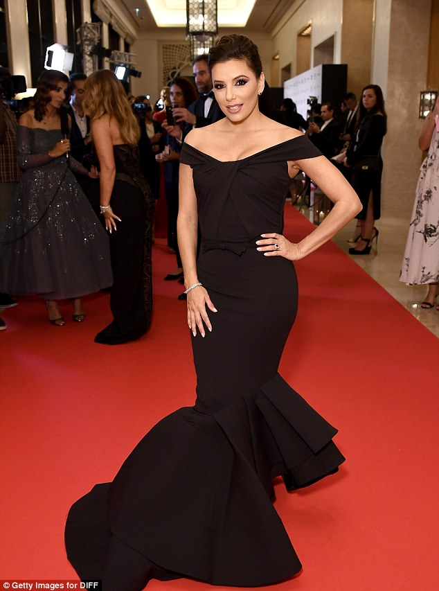 Oh my! Ashley was no doubt honoured to meet stars of Eva Longoria's caliber, as she ensured she looked as glam as the event's host