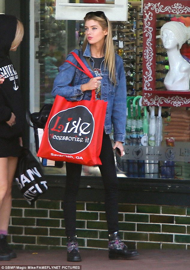 Solo adventure: Stella was seen shopping by herself as Kristen was busy at work
