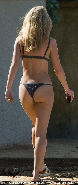 Life's a beach! It seemed that life was just one big beach again for Lottie Moss on Monday, as she hit the golden of shores of Barbados