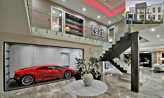 Is this the flashiest bachelor pad EVER? Luxury $2.68million mansion comes with a