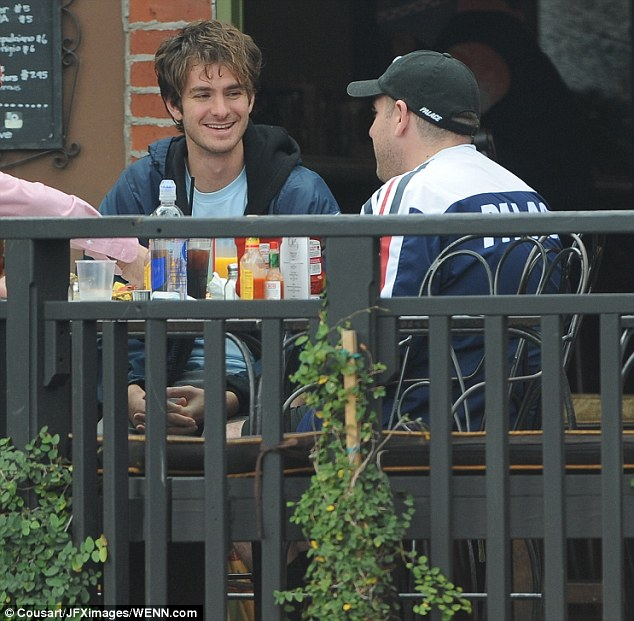 Treating themselves: The two actors caught up over an al fresco lunch at Alcove restaurant