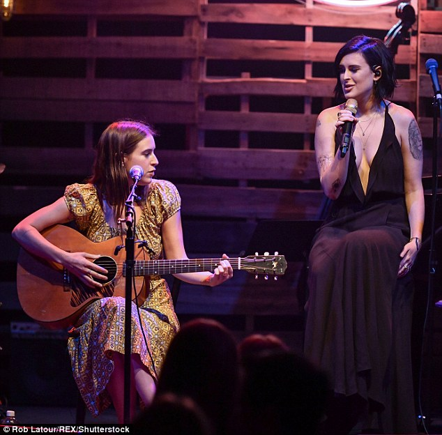 Sister act!Rumer Willis showed the world her impressive vocals as she and her sister Scout serenaded the night away at The Sorting Room in Los Angeles on Sunday, as part of her Over The Love Tour