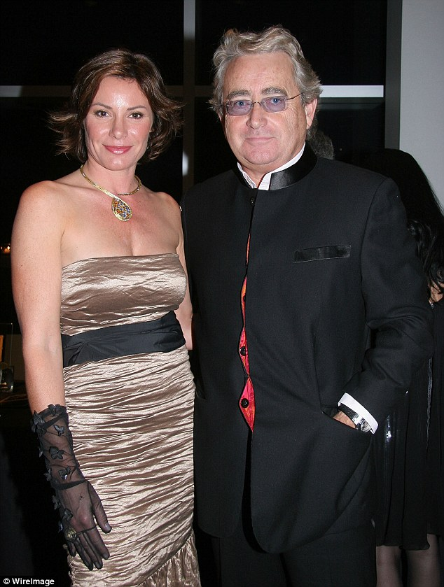 Ex: The reality star become Countess De Lesseps by way of her marriage to the Paris-born financier Count Alexandre De Lesseps, a union that lasted from 1993 to 2009; they are pictured in 2007
