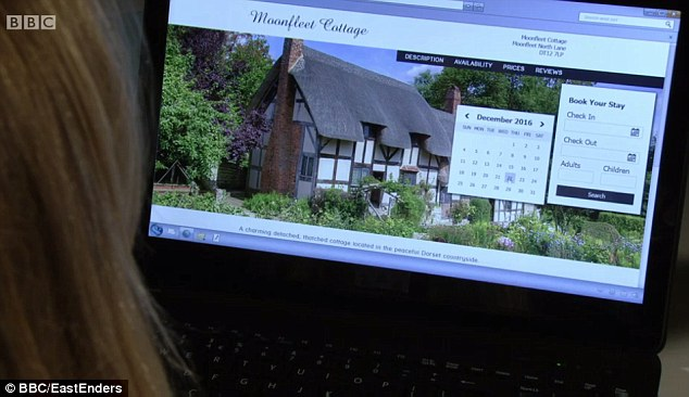 Ronnie was seen clicking to book a December stay in the cottage but it was actually the home of Anne Hathaway and was not located in Dorset