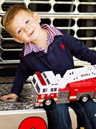 Texas boy killed accidentally after hanging himself on a window blind cord