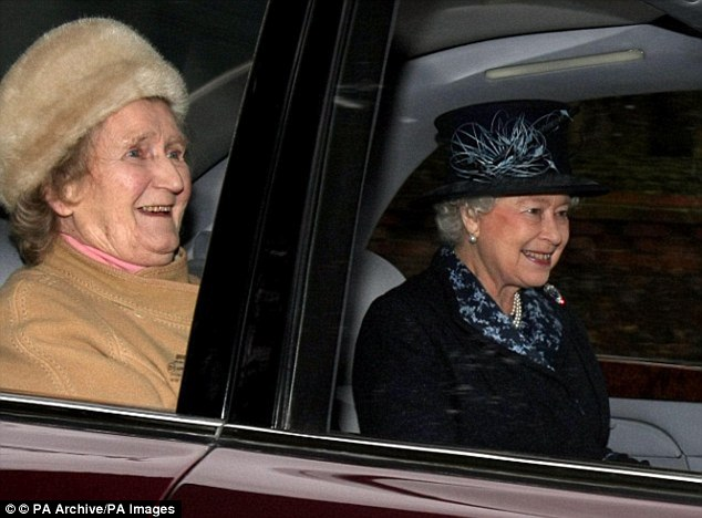 The Queen's cousin and confidante Margaret Rhodes described in her memoirs paying her last respects to the Queen Mother and delivering a final curtsey