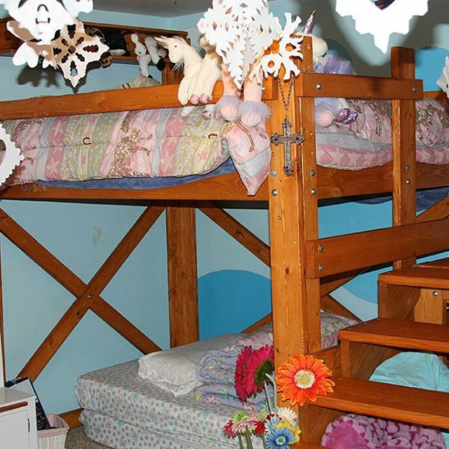 """Jenny designed and built a nice set of heavy duty steps and a small deck for this OP Loftbed. She says this is, """"the second full sized loft bed that I built. This one is for my youngest daughter her mom didnt think that she was big enough to climb up and down the side so I improvised."""" http://ow.ly/RxFRG #loftbed #diy #woodworking #kidsroom"""