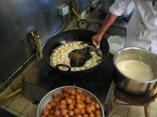 cooking doughnuts: