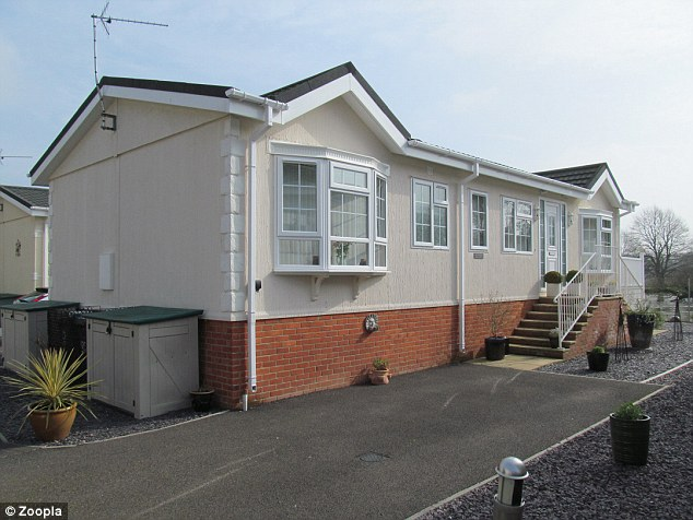 This mobile home is inSt Neots in Cambridgeshire and is on the market for £250,000