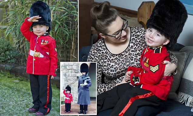 Four-year-old royalist set for Windsor Castle tour