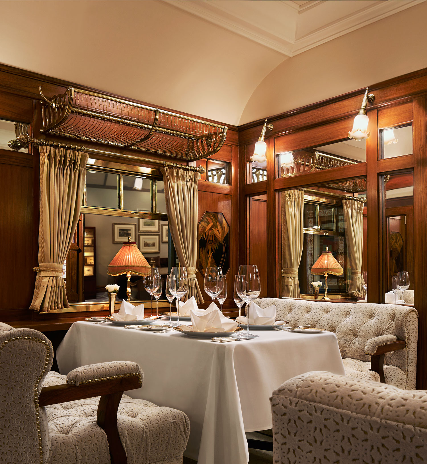 orient-express-inside