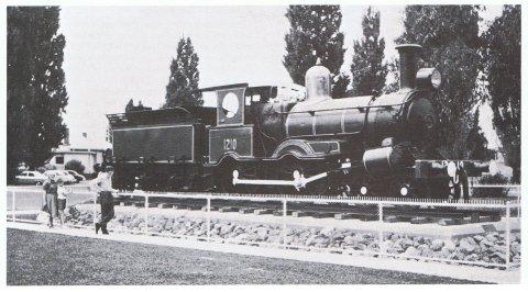 Locomotive 1210