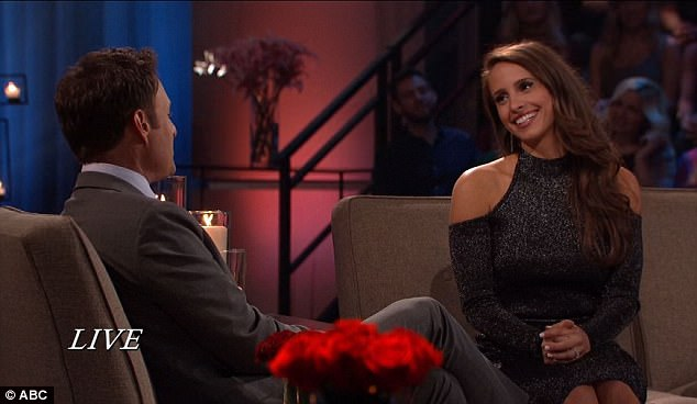 There it is: While on After the Final Rose with Chris Harrison, Vanessa showed off the ring on her left hand