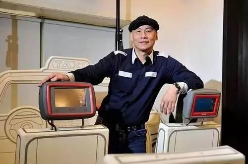 []-放弃美国千套房产,45岁跑中国做奇葩生意,如今公司卖房卖车也救不活,怎么了?