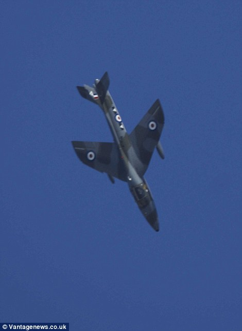 The Hawker Hunter begins the descent that would end in tragedy