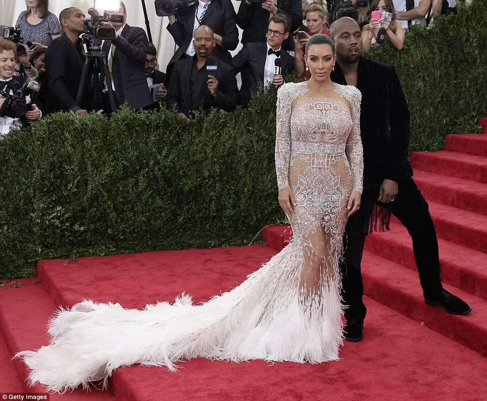 Vintage Met Gala: Kim and Kanye on the steps of the New York Museum in 2015