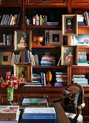 Tips menata buku agar tampil cantik di rak