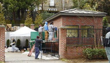 UPDATE: Wall around Obama's DC home complete!