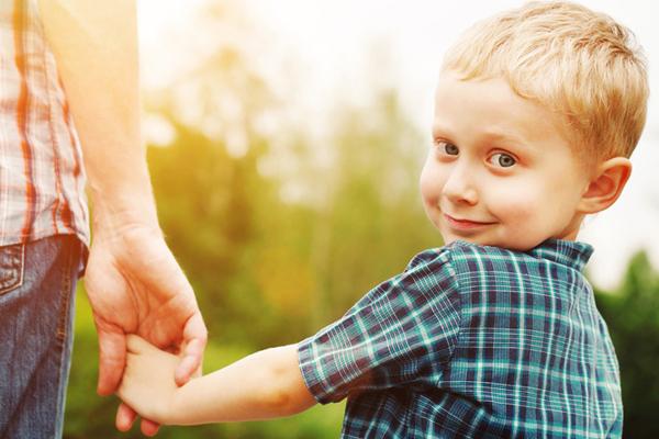 600r - Когда ребенок узнал сколько лет было его маме, когда она родила его, он пристыдил ее