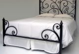 Iron Bed Frame Love The Low Foot Board Iron Bed Frames Iron Bed Frames Queen