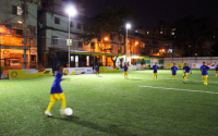 Le premier terrain de foot éclairé par l'énergie des joueurs