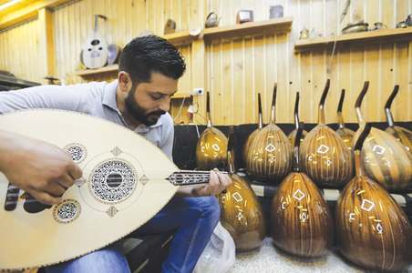 Syria's traditional oud-making on the decline