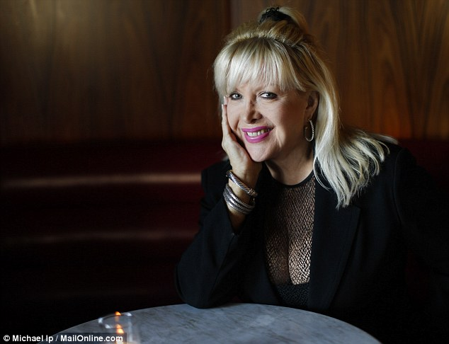 'Let's talk:' When he contacted her eight years ago Gennifer Flowers admits she wasn't ready to talk to her former lover, Bill Clinton. Today she longs to