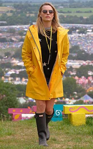 Margot Robbie nailed the cool girl festival vibe at Glastonbury