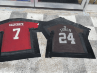 No Stand No Service: Missouri Bar Turns Marshawn Lynch and Kaepernick Jerseys Into Doormats Over Anthem Protests