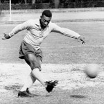 Pele in non-FIFA World Cup action for Brazil