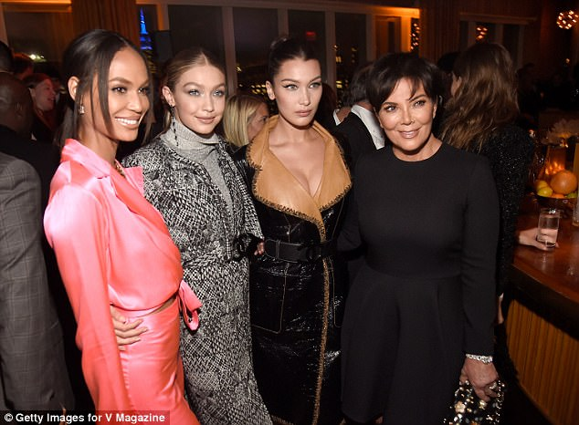 Time to pose with the momager: Kris Jenner got a snap with Joan Smalls and the Hadid girls