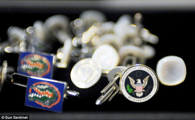 Historical: Scott Rothstein owned cuff links that once belonged to the 37th U.S. president Richard Nixon
