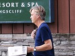 RICHARD MADELEY HEADS OUT TO BUY A NEWSPAPER IN KINGSCLIFF, NSW 21 November 2017 ©Daily Mail