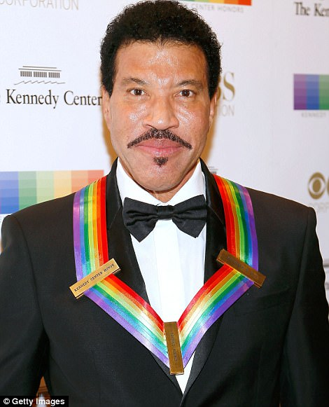 Singer Lionel Richie arrives at the 40th Annual Kennedy Center Honors